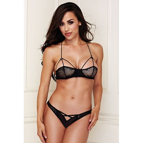 Baci Lace Brallete lingerie set