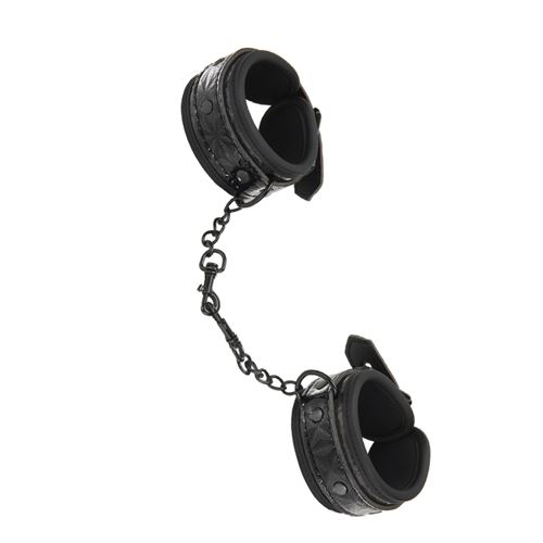 whipsmart-diamond-hand-cuff-black